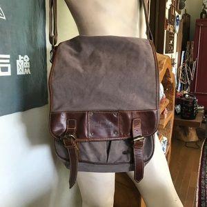 Vintage Fossil crossbody messenger bag
